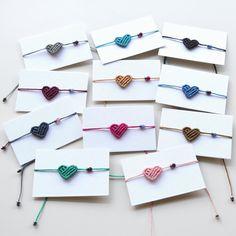 Bracelet Knots, Ankle Bracelets, Beaded Bracelets, Rope Bracelets, Diy Zipper Earrings, Arm Party, Micro Macrame, Macrame Jewelry, Diy And Crafts