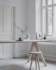 Vibe  // By Melo Studio. #minimalist #timber #monochrome #simplicity #gents #gentleman #love