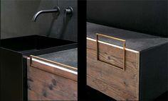 #bath #bathroom #bathrooms #vanity #towel #storage #bathroomstorage #lifestyle #home #design #decor #decoration #decoratingbathroom #bathroomdecoration  Handle for doors et drawers for Door Serie