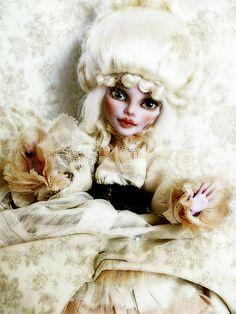 Let me introduce : Poupette Precious by NylonBleu, via Flickr