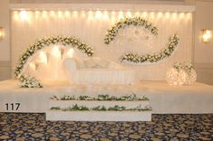 Mehendi decorations The Effective Pictures We Offer You About winter wedding decorations A quality picture can tell you many things. You can find the most beautiful pictures that can be presented to y Wedding Backdrop Design, Desi Wedding Decor, Wedding Hall Decorations, Wedding Stage Design, Luxury Wedding Decor, Wedding Reception Backdrop, Wedding Mandap, Arch Wedding, Wedding Receptions