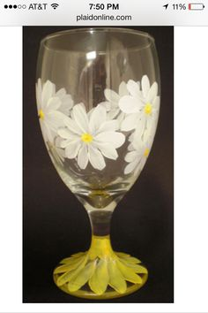 I so want to paint this! Daisies are my favorite!