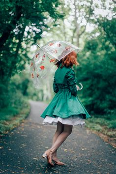 Take a look at the best spring outfits rainy day in the photos below and… Pretty Outfits, Cool Outfits, Fashion Outfits, Spring Fashion, Autumn Fashion, Zooey Deschanel, Foto Art, Look Vintage, Poses