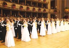 A grand Debutante Ball in Vienna!