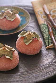I love kaki/persimmons, I love mochi, this is a perfect picture. Japanese sweets, Kaki mochi (persimmon mochi)