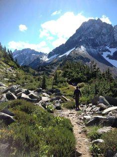 Cascade Pass Trail, North Cascades National Park, Washington (7 miles)