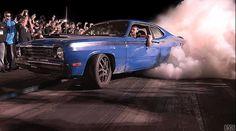 Epic GIFs Capture Cars Forever Burning Rubber - BlazePress