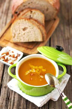 A vegan Dominican Style Pumpkin Ginger soup packed with the best Caribbean flavors. Easy to make, healthy, and delicious... #soup #dominicanfood