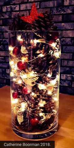Cheap and Easy DIY Christmas Decor Ideas that proves Elegance is not Expensive - Hike n Dip Thinking about elegant and classy Christmas Decorations which won't cost you much. Look here for inspiring Cheap and Easy DIY Christmas Decor Ideas here. Diy Christmas Vases, Christmas Candle Decorations, Centerpiece Decorations, Christmas Crafts, Christmas Holiday, Christmas Christmas, Classy Christmas, Rustic Christmas, Beautiful Christmas