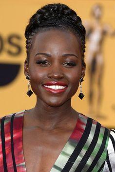 Lupita Nyongo beauty look at the SAG Awards 2015