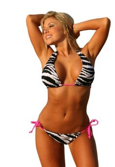 This fun zebra print pattern is complimented perfectly by the hot pink side tie bikini strings. These sexy scrunch butt style bikini bottoms are the trend of the year. Hot Bikini, Bikini Swimwear, Bikini Girls, Scrunch Bikini, Bikini Bottoms, Fitness Babe, Body Fitness, Fitness Motivation, Thing 1