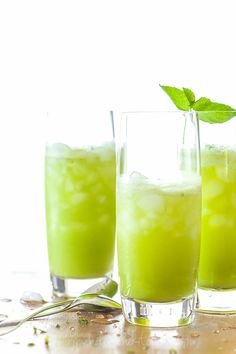 Sparkling Pineapple Mint Juice from gourmandeinthekitchen.com