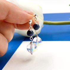 Pendientes de Zafiro azul y Swarovski, Pendientes de piedras preciosas y Plata 925 Drop Earrings, Etsy, Jewelry, Silverware Jewelry, Sterling Silver, Sapphire Jewelry, Blue Sapphire, Gemstone Earrings, Sapphire Earrings