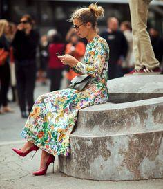 Натали Джус в платье в цветочек