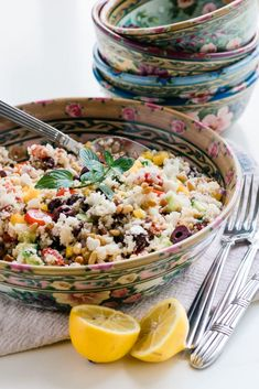 Mediterranean Cauliflower Couscous Salad is a healthy gluten free glow bowl ~ this easy cauliflower rice recipe is gluten free, low carb, and so yummy. What Is Cauliflower, Cauliflower Couscous, Couscous Salad Recipes, Grain Salad, Salad Ingredients, Dinner Dishes, Dried Tomatoes, Healthy Salads, Rice Recipes