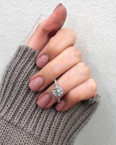 42 Top Round Engagement Rings: Best Rings Ideas %%page%% %%sep%% %%sitename%% Dream Engagement Rings, Engagement Ring Settings, Vintage Engagement Rings, Wedding Engagement, Oval Engagement, Diamond Wedding Rings, Wedding Bands, Bridal Rings, Diamond Rings