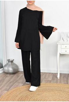 Modest Fashion Hijab, Modern Hijab Fashion, Street Hijab Fashion, Modesty Fashion, Hijab Fashion Inspiration, Muslim Fashion, Cute Fashion, Fashion Outfits, Hijab Chic