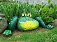 these are the BEST DIY Garden & Yard Ideas Painted Frog Rocks.these are the BEST DIY Garden & Yard Ideas! The post Painted Frog Rocks.these are the BEST DIY Garden & Yard Ideas appeared first on Garten ideen. Garden Yard Ideas, Garden Crafts, Garden Projects, Garden Decorations, Backyard Ideas, Diy Garden Ideas For Kids, Yard Art Crafts, Diy Yard Decor, Tire Garden