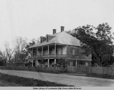 Labatut plantation home in Pointe Coupee Parish in the :: State Library of Louisiana Historic Photograph Collection Old Mansions, Abandoned Mansions, Abandoned Houses, Abandoned Places, Old Houses, Abandoned Plantations, Louisiana Plantations, Louisiana Homes, Southern Plantation Homes