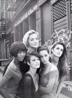 """The Supermodels"", Vogue UK, January 1990 Photographer : Peter Lindbergh Models : Naomi Campbell, Tatjana Patitz, Linda Evangelista, Christy Turlington and Cindy Crawford (Source: supermodels-daily)"