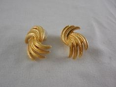 Vintage Monet Textured Gold Tone Large Spray Pierced Earrings by Dockb30Crafts on Etsy