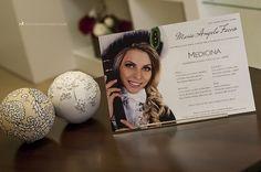 Cartão em impressão digital com a fotografia da formanda.
