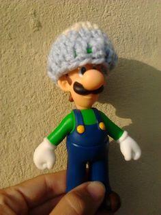 Luigi's hat