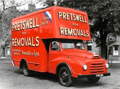 bedford tk lorry - Google Search Bedford Van, Bedford Truck, Vintage Trucks, Old Trucks, Bus Shelters, Classic Trucks, Classic Cars, Commercial Vehicle, Old Cars
