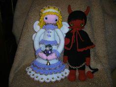 angel / devil mod made by Christine H. / based on a lalylala crochet pattern