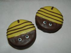 Bumble bee cookie chocolate dipped oreo by SilvaSweets on Etsy, $16.95