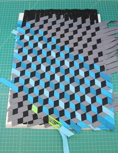 up-to-date Screen fabric weaving projects Tips Triaxal fabric weaving – beautiful! Most up-to-date Screen fabric weaving projects Tips Triaxal fabric weaving – beautiful! Paper Weaving, Fabric Weaving, Weaving Art, Woven Fabric, Origami Patterns, Weaving Patterns, Quilt Patterns, Weaving Designs, Stitch Patterns