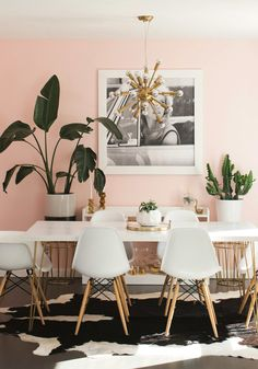 Take a look inside the stylish abode of a blogger from A Beautiful Mess, where cheery rock 'n' roll meets Palm Springs, from the book Make Yourself at Home.