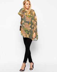 Floral Maternity Blouse from ASOS - love this chic look! #maternity #style