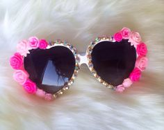 Heart sunglassesPink roses and daisys Swarovski trim