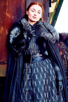 20 TV Shows Like Game of Thrones You Should Watch Sophie Turner als Sansa Stark Game Of Thrones Outfits, Game Of Thrones Dress, Game Of Thrones Sansa, Game Of Thrones Winter, Game Of Thrones Cosplay, Game Of Thrones Clothing, Game Of Thrones Characters, Sophie Turner, Got Costumes