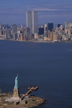 Places To Travel, Places To See, Photographie New York, World Trade Center Nyc, Trade Centre, Concrete Jungle, Belle Photo, Cities, New York Skyline