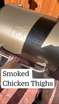 Traeger Smoker Recipes, Pellet Grill Recipes, Smoked Meat Recipes, Grilling Recipes, Bone In Chicken Recipes, Chicken Meals, Summer Recipes, Easy Recipes, Dinner Recipes