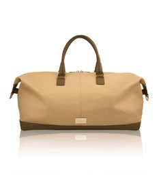 DIZAIND is a sustainable fashion brand offering shoppers the opportunity to customize their own leather bag online. Each bag is handcrafted from top quality materials. Custom Bags, Online Bags, Travel Bag, Sustainable Fashion, Fashion Brand, Leather Bag, Personal Style, Artisan, Handbags