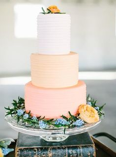 Color blocked wedding cake