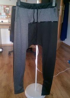 Kupuj mé předměty na #vinted http://www.vinted.cz/damske-obleceni/kalhoty-ostatni/12092410-sedocerne-teplaky-s-nizkym-sedem