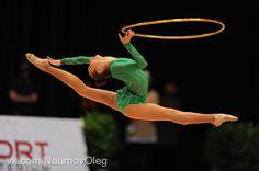 By Russian Professional (Elena Lazarova) Tomorrow from 5 pm Artistic Gymnastics, Rhythmic Gymnastics, Ice Skating, Figure Skating, Gymnastics Equipment, World Of Sports, Ladies Shoes, Olympians, Female Athletes
