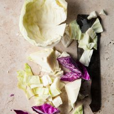 Whether you get your dose of good bacteria from yoghurt, kimchi, sauerkraut (the proper kind, not commercially produced pickled cabbage), you're doing yourself (and your digestive system) a favour. Fermented Cabbage, Pickled Cabbage, Fermented Foods, Good Food, Yummy Food, Food Tasting, Korean Food, Kimchi, Quick Easy Meals