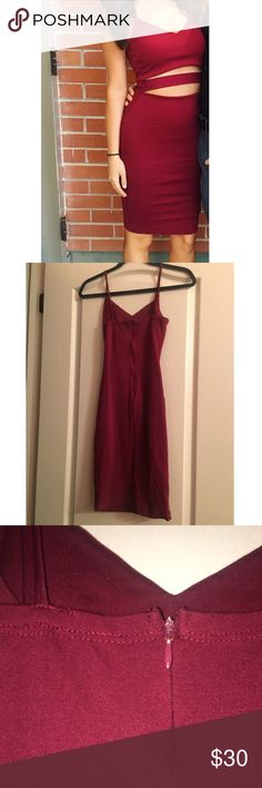Windsor Maroon Formal Dress Only worn once! Perfect for any formal attire event. Windsor Dresses Midi