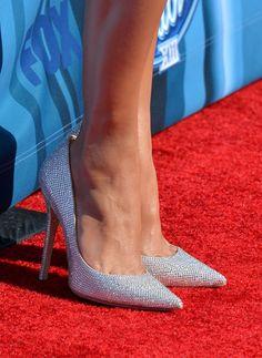 caeb8f3b6c1 Jennifer Lopez -  American Idol  Season 13 Grand Finale - Red Carpet  Fashion Awards