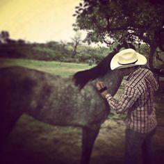 #country #countryboy #cowboy #redneck #countrylife #soyderancho #debotasyacaballo #ranchero #vivamexico #horse
