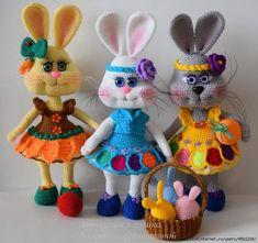 Crochet Animals, Crochet Toys, Crochet For Kids, Tweety, Cuddling, Easter, Dolls, Christmas Ornaments, Cool Stuff