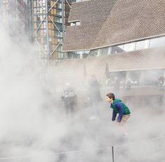 Fog installation by the Japanese sculptor Fujiko Nakaya Dan Brown, Science Art, Louvre, Japanese, Architecture, Building, Places, Instagram Posts, Travel