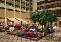 Houston Marriott Westchase - Hotel Lobby Seating Area
