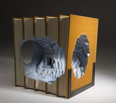 Artist Guy Laramée creates stunning works of book art. Using sandblasting tools, he'll turn an encyclopedia into a book sculpture of a fantastical land. Altered Books, Altered Art, Book Crafts, Arts And Crafts, Fish Sculpture, Paper Sculptures, Sculpture Ideas, Colossal Art, Fractal Art