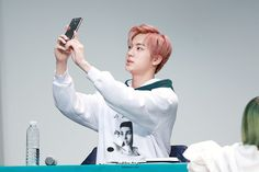 Jin ❤ BTS at the Incheon Fansign #BTS #방탄소년단